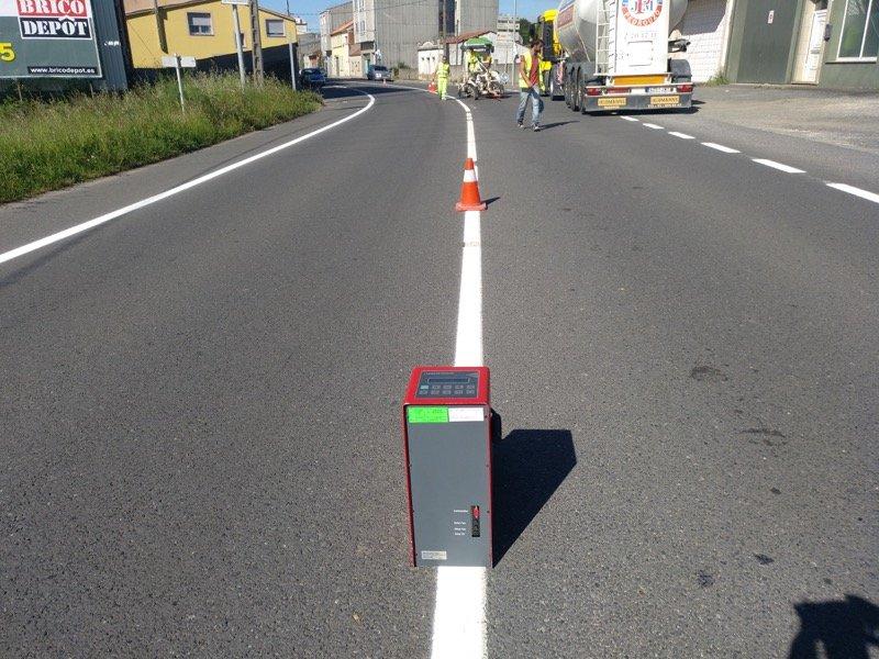 Medida de la visibilidad de marcas viales Retroreflectometro 1