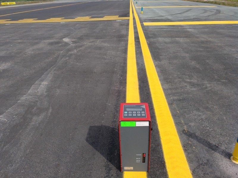 Medida de la visibilidad de marcas viales Retroreflectometro 3