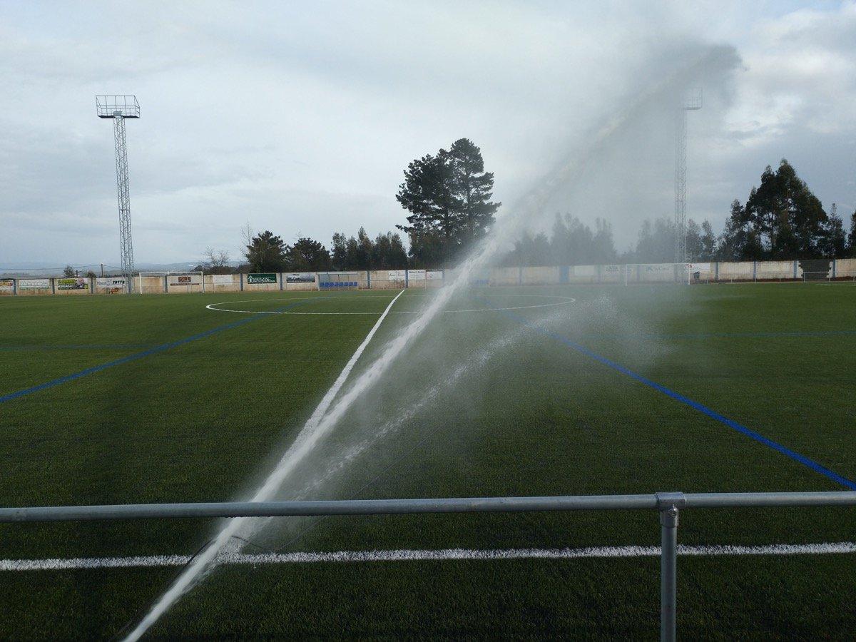 Red de riego de campo de fútbol prueba 1
